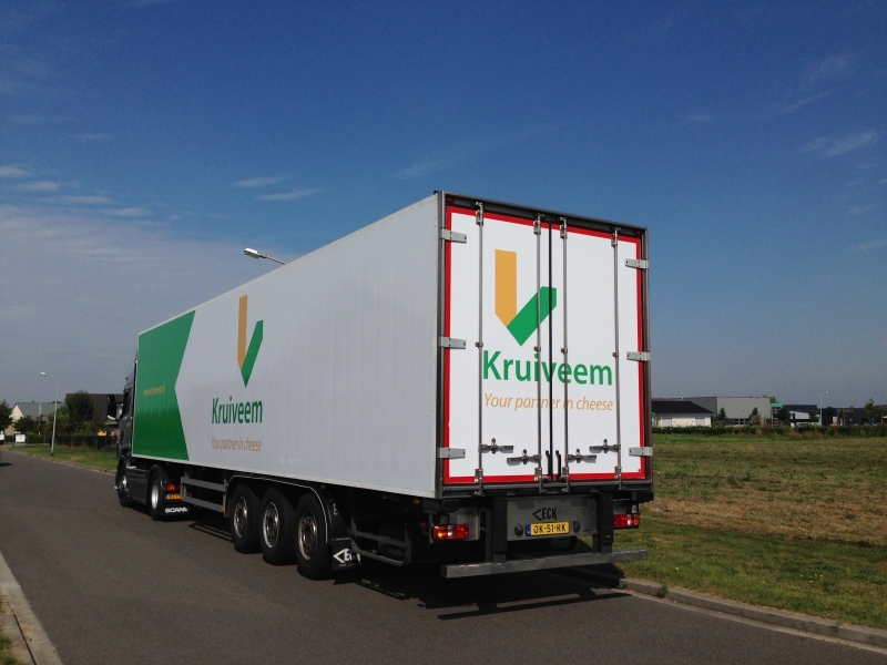 Kruiveen vrachtwagenreclame