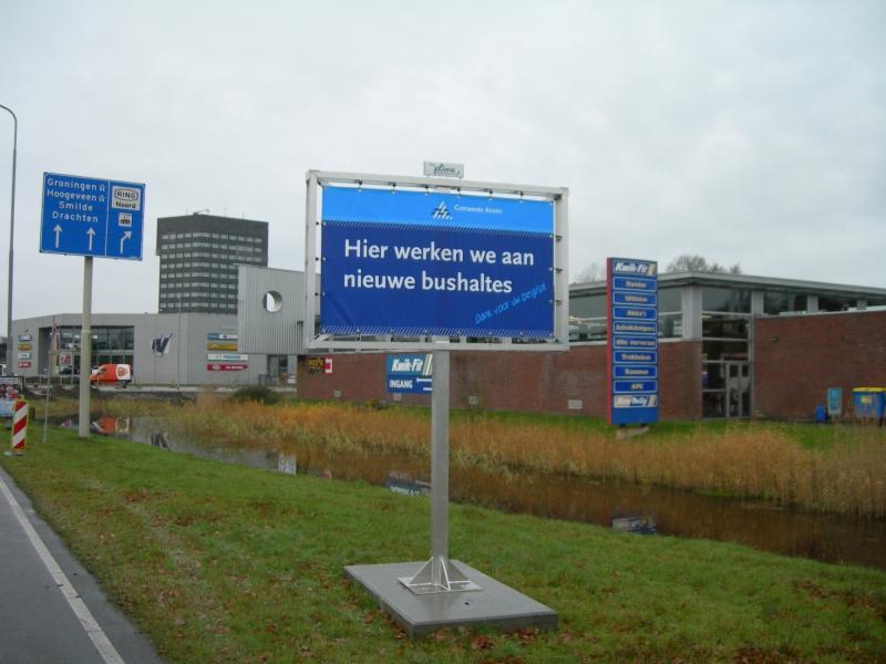 Tijdelijk bord bushalte betaalbaar en duidelijk zichtbaar