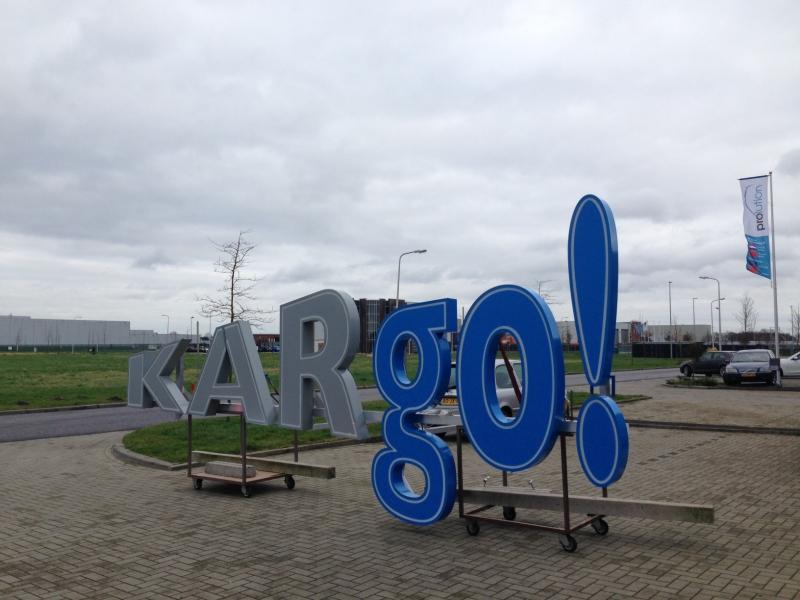 Kargo Led doosletters klaar voor vervoer